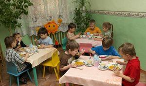 Организация питания в детском садике - нормы и правила, время приема пищи, как контролируется поставка продуктов