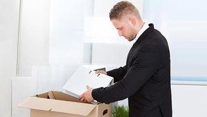 Как выплачивается и начисляется оплата при сокращении работнику, где ее можно получить?