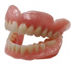 Протезирование зубов для пенсионеров бесплатно. Кто имеет право и какие протезы ставят?